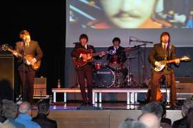 The Beatles Show - Magical History Tour - Foto 12 ·