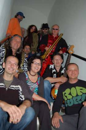 Bild zu Joruma & The Funky Horns