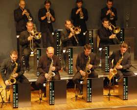 Bild zu Erik Schuster Big Band - All About Swing